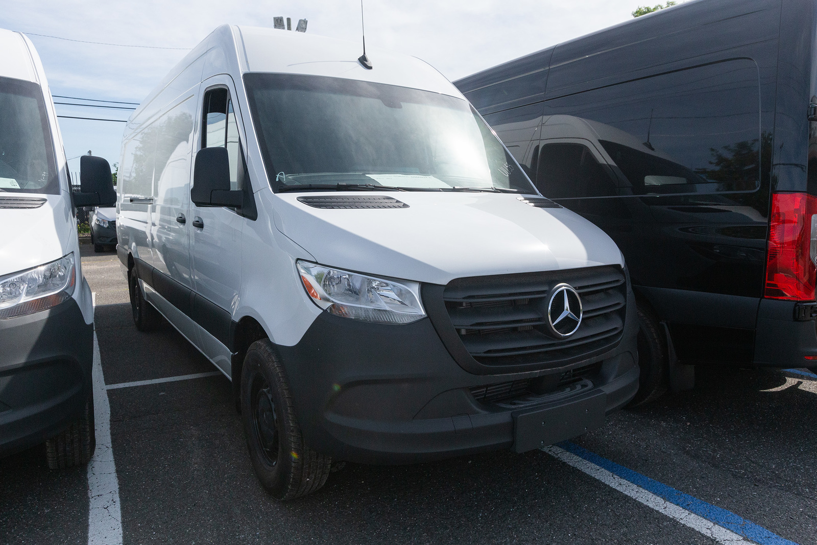 New 2020 Mercedes-Benz Sprinter 2500 High Roof V6 170 Extended RWD