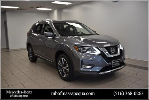 Pre-Owned 2017 Nissan Rogue 2017.5 AWD SL
